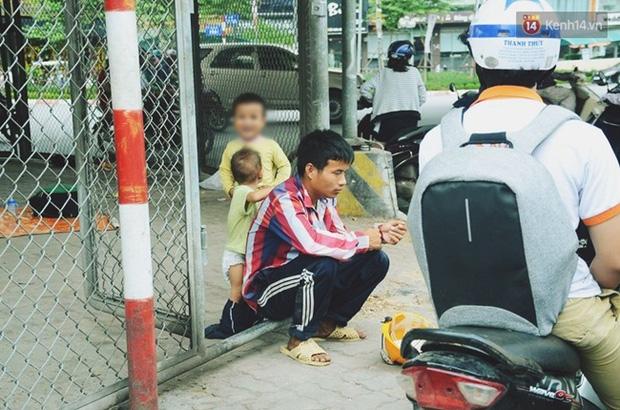"""Gặp người chồng """"bị vợ bỏ, đưa 2 con trai đi ăn xin"""" ở Hà Nội gây xôn xao trên MXH - Ảnh 5."""
