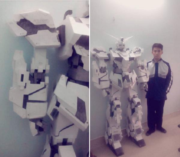 Nam sinh 10X bức xúc khi cư dân mạng gọi mô hình robot bằng giấy của mình là 'vàng mã'  - Ảnh 4.