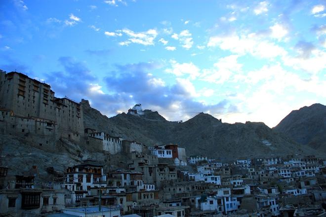 """Mùa thu ở Ladakh: Hành trình trải nghiệm của 1 phụ nữ Việt đến nơi đẹp tựa """"thiên đường ẩn giấu"""" ở Ấn Độ - Ảnh 4."""