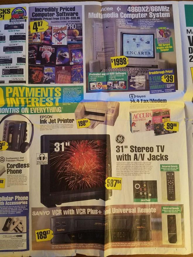 Nhìn lại hàng công nghệ đỉnh cao những năm 90 đây: máy tính RAM tận 1MB, TV 31 inch có jack A/V hiện đại - Ảnh 4.