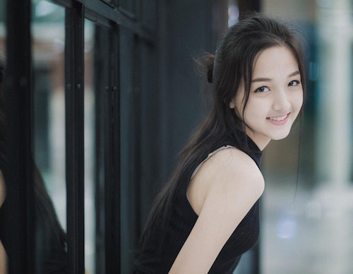 Hot girl Thái Lan khiến cư dân mạng tan chảy vì nụ cười ngọt lịm như đường - Ảnh 13.