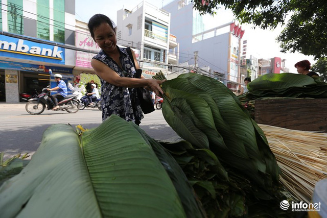 Đi chợ lá dong độc nhất ở TP. Hồ Chí Minh - Ảnh 5.