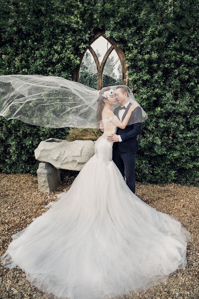 Tú Linh M.U khoe ảnh cưới cực hạnh phúc và lãng mạn được chụp ở 3 nước - Ảnh 5.