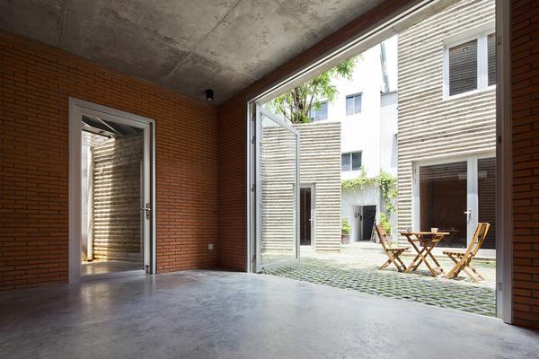 Hình ảnh thực tế gây tranh cãi về ngôi nhà đạt giải thưởng lớn của KTS Võ Trọng Nghĩa - Ảnh 5.