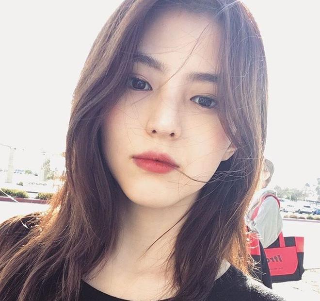 Vẻ ngoài vừa ngọt ngào, vừa cá tính của cô bạn Hàn Quốc từng góp mặt trong MV Tell Me What To Do (SHINee) - Ảnh 6.