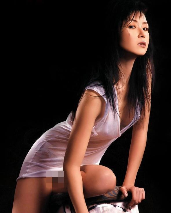 Chân dung nàng Á hậu từng khiến ngôi sao võ thuật Chân Tử Đan bị đánh chảy máu đầu - Ảnh 5.