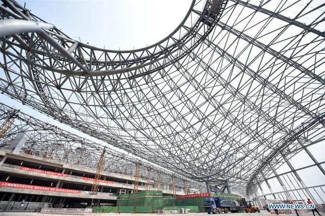 Toàn cảnh công trường xây dựng sân bay quốc tế lớn nhất thế giới, một trong những tác phẩm cuối cùng của nhà thiết kế đại tài Zaha Hadid - Ảnh 4.