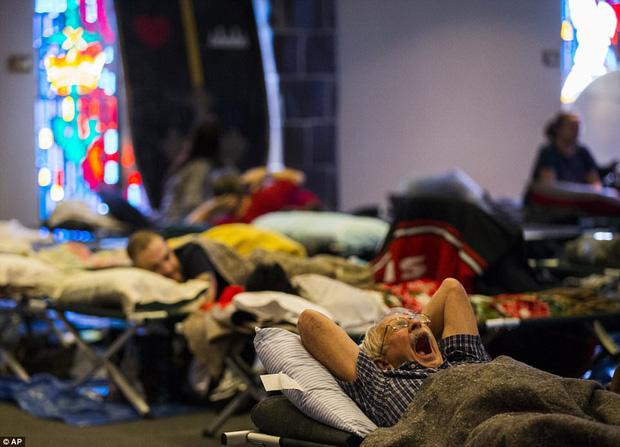 38 người chết và 48.700 ngôi nhà bị phá hủy sau cơn bão Harvey: Đây có thể chưa phải là thống kê thiệt hại cuối cùng - Ảnh 5.