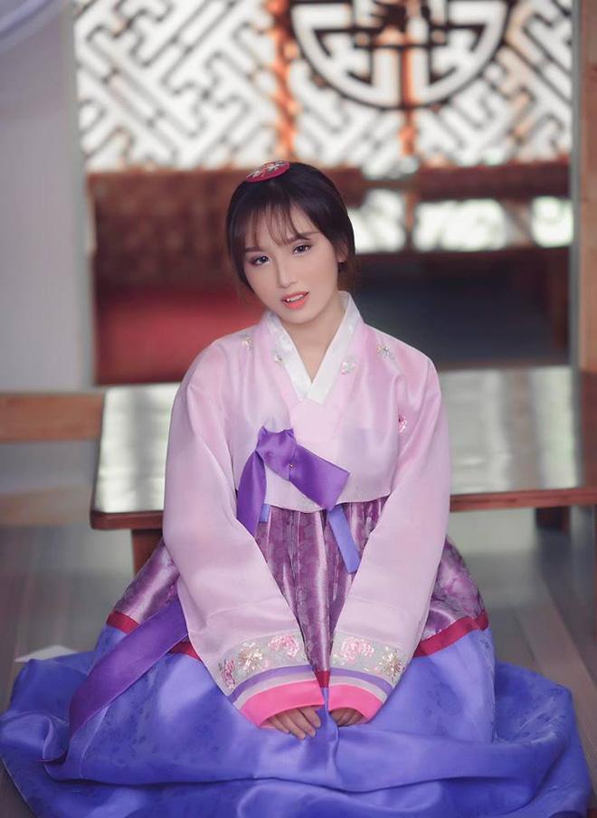 Đây là cô gái mà cư dân mạng xôn xao sẽ trở thành đối thủ của Linh Ka - Ảnh 5.