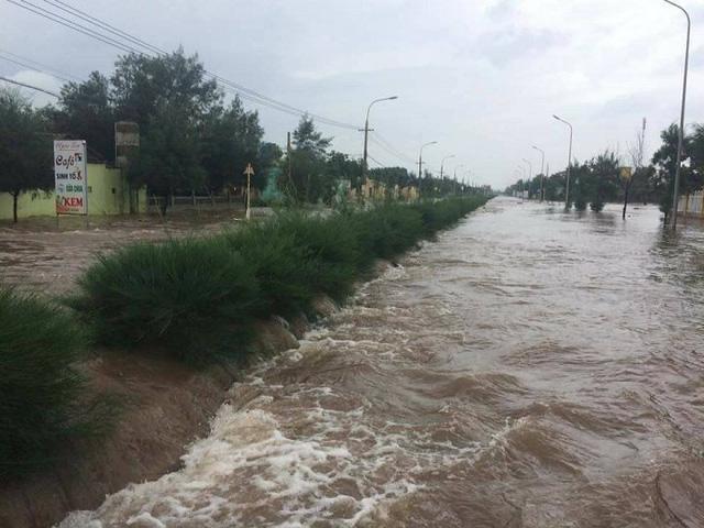 7 người thương vong ở Quảng Bình, 2 tàu chìm ở Quảng Ninh, Nghệ An - Hà Tĩnh tan hoang sau bão - Ảnh 5.