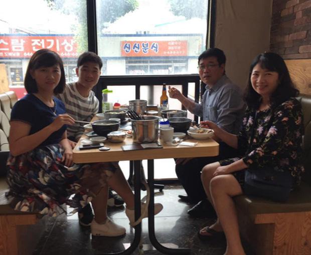 Lương Xuân Trường nhận niềm vui to lớn từ gia đình ngay trên đất Hàn Quốc - Ảnh 5.