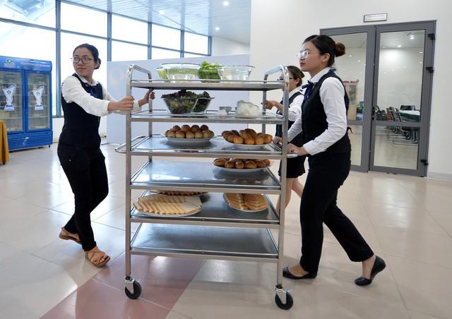 Khám phá bếp ăn phục vụ 3.000 phóng viên ở Trung tâm Báo chí APEC - Ảnh 5.