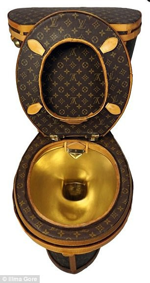 Túi rác, cưa máy, lựu đạn Louis Vuitton: Tất cả vẫn chưa xi nhê gì khi so với bồn cầu Louis Vuitton! - Ảnh 5.