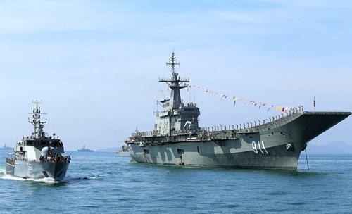 Tàu 012 - Lý Thái Tổ tham gia Duyệt binh tàu quốc tế 2017 - Ảnh 5.