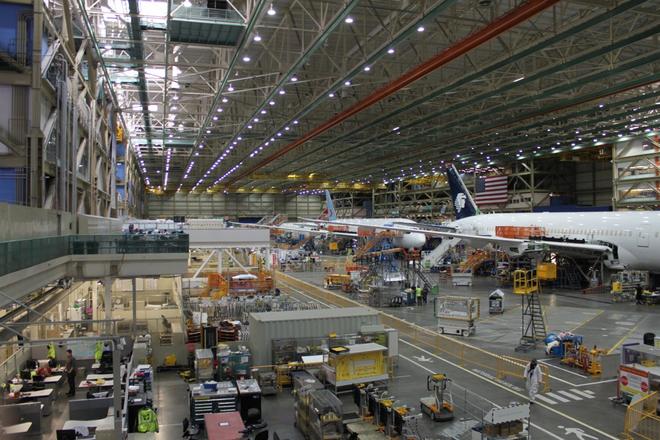 Dạo một vòng quanh nhà máy sản xuất máy bay lớn nhất của Boeing - Ảnh 5.