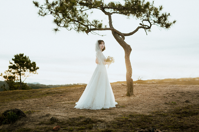 Tú Linh M.U khoe ảnh cưới cực hạnh phúc và lãng mạn được chụp ở 3 nước - Ảnh 6.