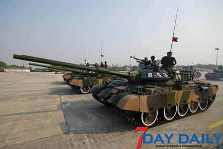 Quân đội Myanmar phô trương sức mạnh vũ khí trong cuộc duyệt binh - Ảnh 5.
