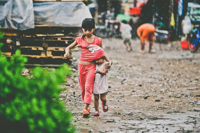 Những bức ảnh tuyệt đẹp này sẽ khiến bạn nhận ra, trong mưa, cuộc đời vẫn dịu dàng đến thế - Ảnh 6.