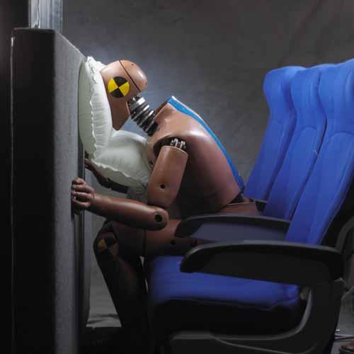 Chỉ ngồi ở vị trí này, những chiếc túi khí trên máy bay mới có thể bật ra để cứu mạng bạn - Ảnh 4.