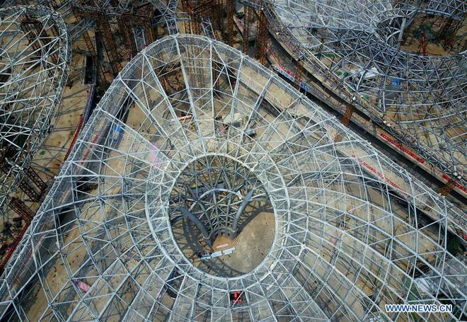 Toàn cảnh công trường xây dựng sân bay quốc tế lớn nhất thế giới, một trong những tác phẩm cuối cùng của nhà thiết kế đại tài Zaha Hadid - Ảnh 5.