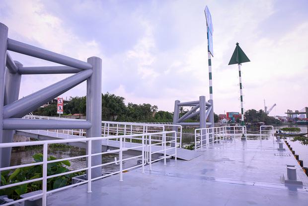Cận cảnh bến buýt đường sông đầu tiên ở Sài Gòn sẽ hạ thủy vào tháng 9 - Ảnh 6.
