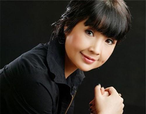 Sao Việt làm mẹ khi chưa được 20 tuổi: Người tìm được bến đỗ yên bình, kẻ vẫn khuê phòng lẻ loi - Ảnh 6.
