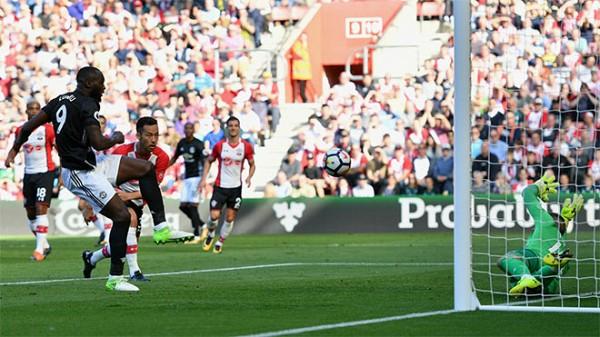Mourinho dựng lại chuyện Thỏ và Rùa ở Premier League - Ảnh 6.