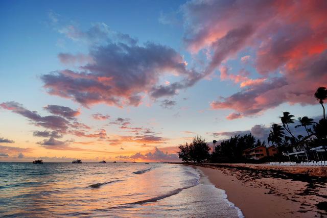 7 bãi biển đẹp như thiên đường trên toàn thế giới mà tín đồ du lịch sẽ tiếc hùi hụi nếu không ghé thăm ít nhất 1 lần - Ảnh 6.