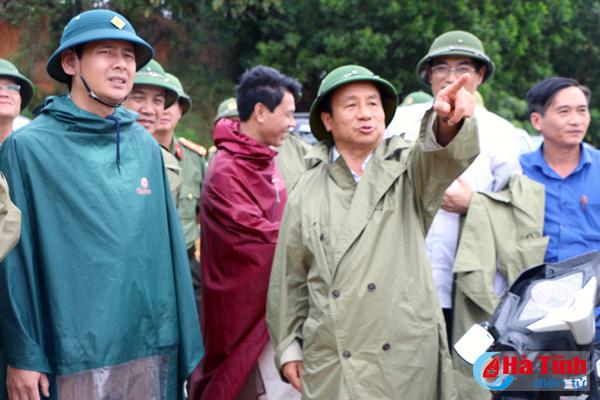 Xả lũ đúng quy trình, đảm bảo an toàn cho người và tài sản trong mưa bão - Ảnh 5.
