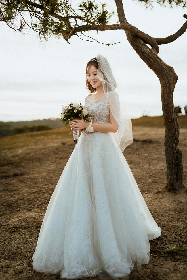 Tú Linh M.U khoe ảnh cưới cực hạnh phúc và lãng mạn được chụp ở 3 nước - Ảnh 7.