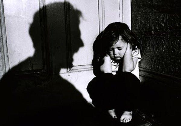 Bảo vệ trẻ khỏi nạn ấu dâm bằng quy tắc đồ lót - Ảnh 6.