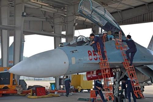 Sư đoàn Không quân 370 thực hành diễn tập bắn đạn thật - Ảnh 7.