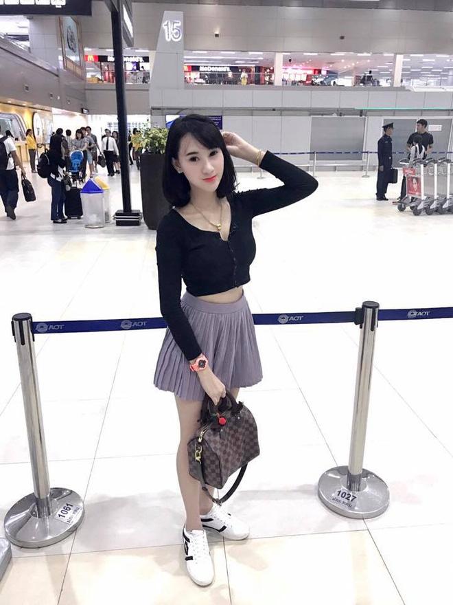 Nhan sắc ngọt ngào pha quyến rũ của 2 hot girl Lào đình đám mạng xã hội - Ảnh 7.