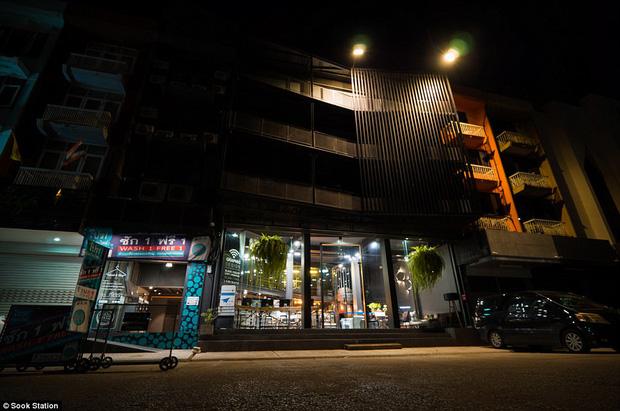 Khách sạn nhà tù ở Bangkok, nơi bạn phải trả tiền để được ngủ sau song sắt mỗi đêm - Ảnh 7.