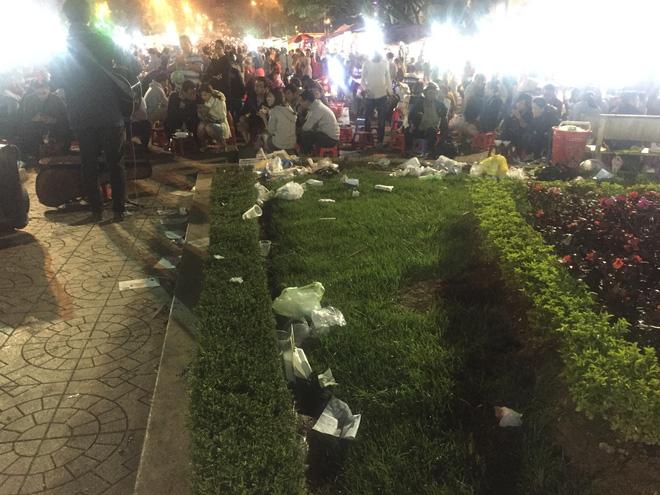 Nhắc nhở người bán hàng, cô lao công ở Đà Lạt nhận lại câu nói: Không xả rác thì lấy việc đâu các cô làm! - Ảnh 7.