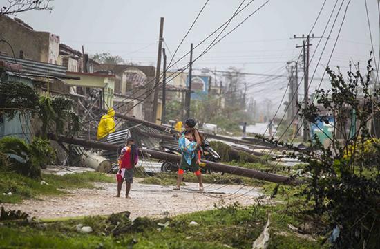 Siêu bão Irma cày nát phía Bắc Cuba, nhăm nhe tấn công Florida  - Ảnh 6.