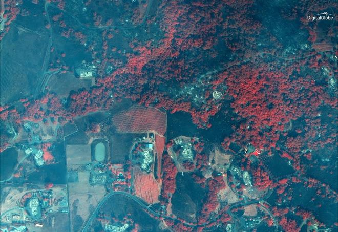 Mỹ: Toàn cảnh vụ cháy rừng khủng khiếp tại California qua những bức ảnh vệ tinh - Ảnh 7.