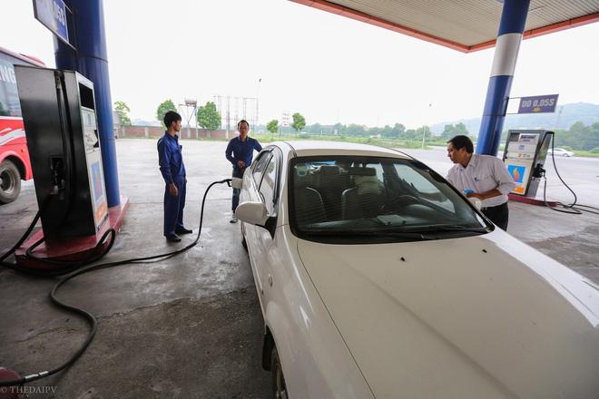 Cây xăng Việt đã cúi chào, tặng nước miễn phí cho khách trước cả khi cây xăng Nhật đến Hà Nội - Ảnh 7.