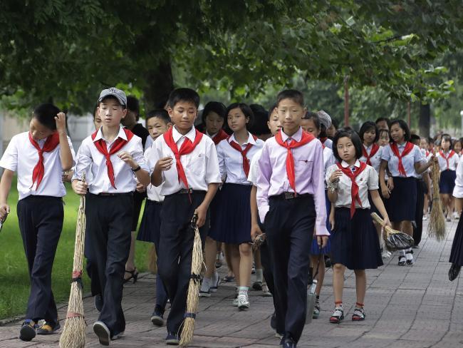 Ảnh mới độc đáo về cuộc sống ở Triều Tiên - Ảnh 7.