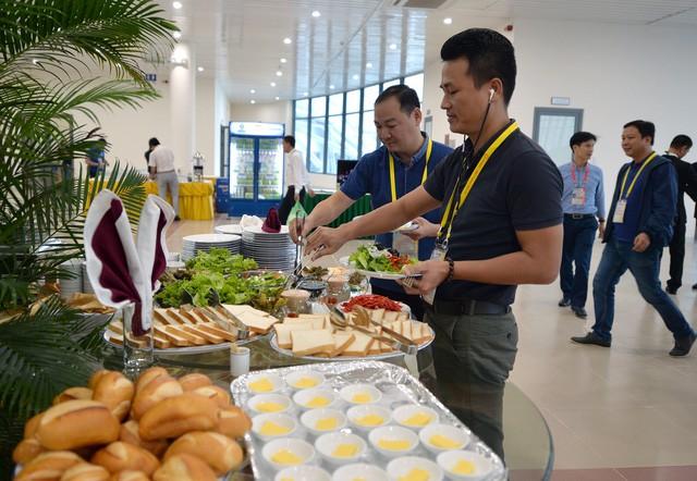 Khám phá bếp ăn phục vụ 3.000 phóng viên ở Trung tâm Báo chí APEC - Ảnh 7.