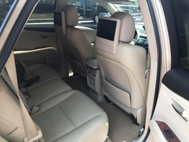 Đi 7 năm, Lexus RX350 hạ giá một nửa tại Hà Nội - Ảnh 6.