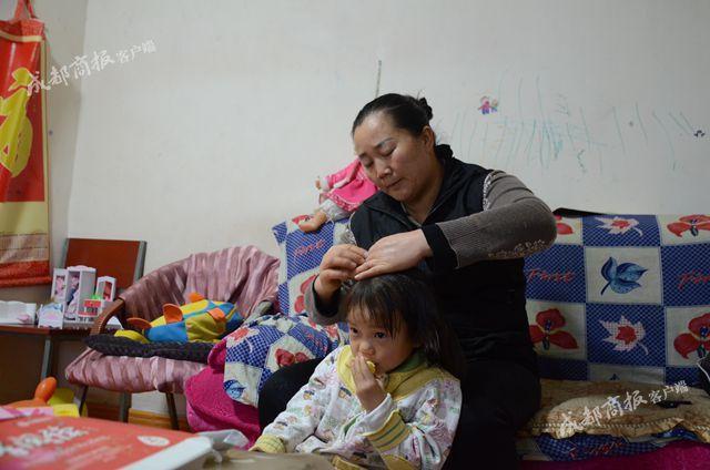 Nghe cháu gái 4 tuổi gọi bà ngoại là mẹ, ai cũng cười ngược đời, nhưng câu chuyện phía sau sẽ khiến ta rơi lệ - Ảnh 7.