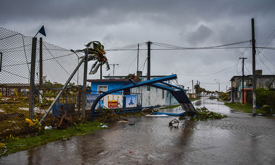 Siêu bão Irma cày nát phía Bắc Cuba, nhăm nhe tấn công Florida  - Ảnh 7.