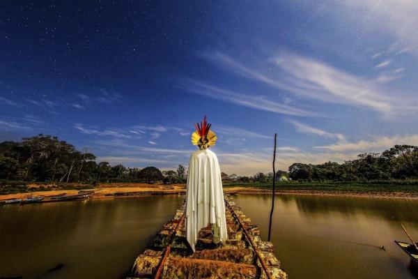 Hé lộ cuộc sống bí ẩn của thổ dân trong rừng rậm Amazon - Ảnh 8.