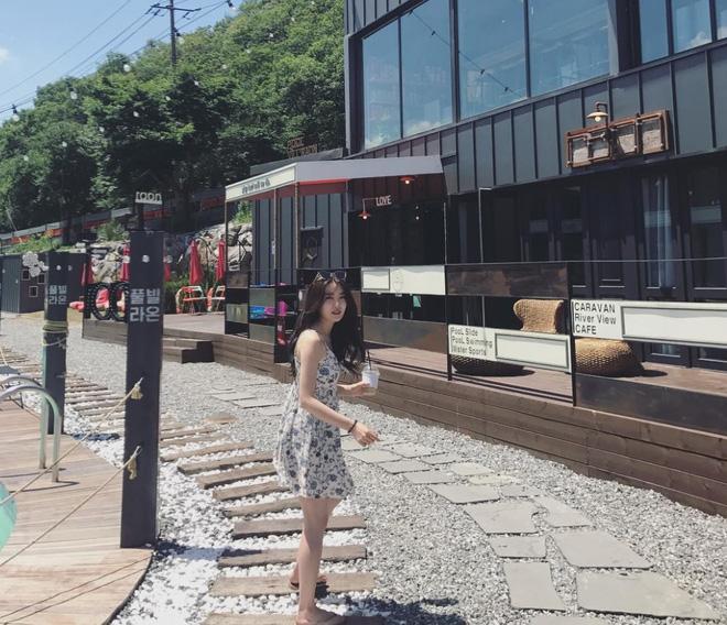 30s nhảy cực bốc trước ống kính, cô gái Hàn bất ngờ được chú ý tại Việt Nam - Ảnh 9.