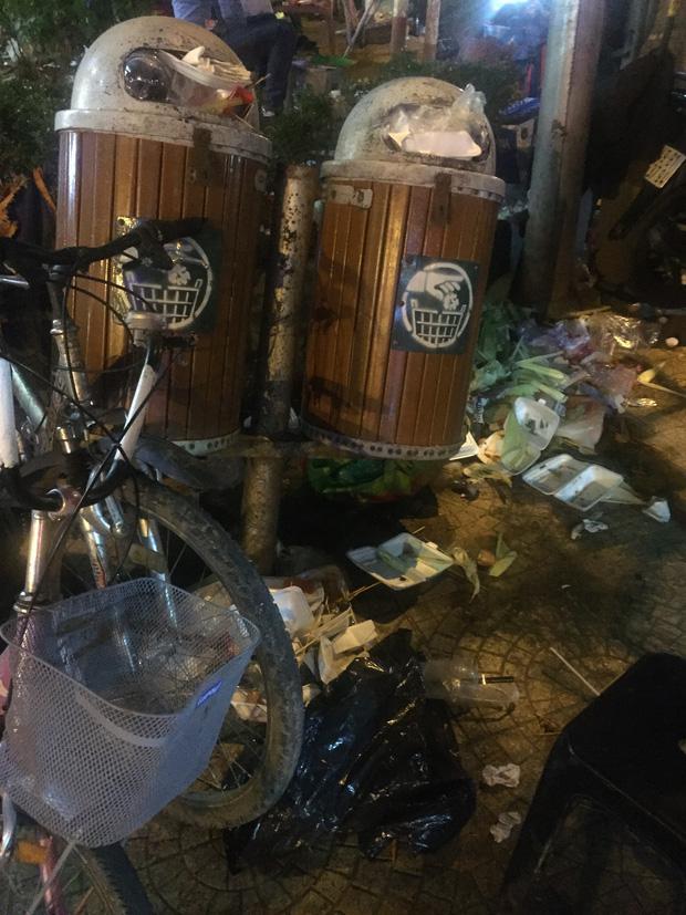 Nhắc nhở người bán hàng, cô lao công ở Đà Lạt nhận lại câu nói: Không xả rác thì lấy việc đâu các cô làm! - Ảnh 9.