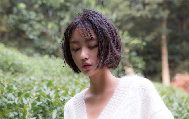 Cô bạn Trung Quốc chứng minh con gái ai cũng nên thử để tóc ngắn 1 lần! - Ảnh 9.