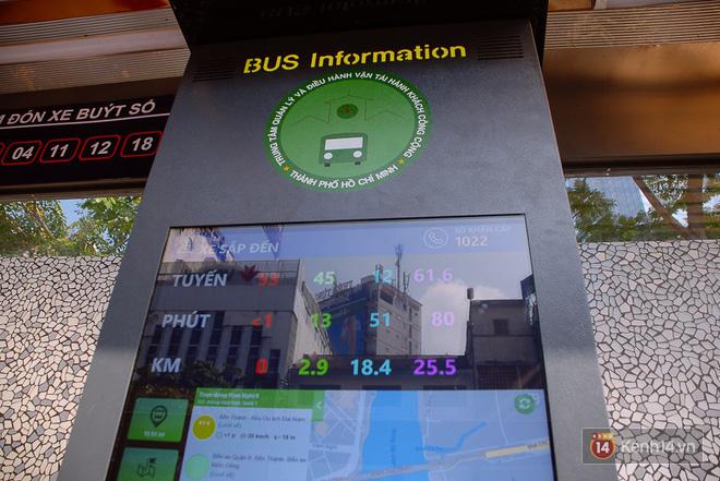 """Cận cảnh trạm xe buýt 8,5 tỷ đồng, """"sang chảnh"""" nhất trung tâm Sài Gòn và có nhà vệ sinh thông minh - Ảnh 9."""