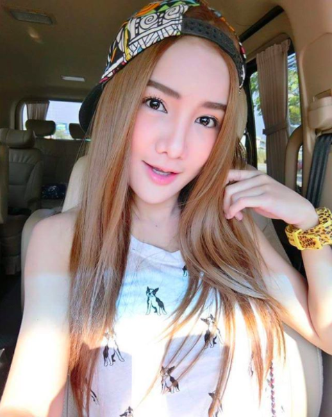 Cú lột xác ngoạn mục của cô gái Thái Lan từng bị bạn bè cười chê - Ảnh 10.