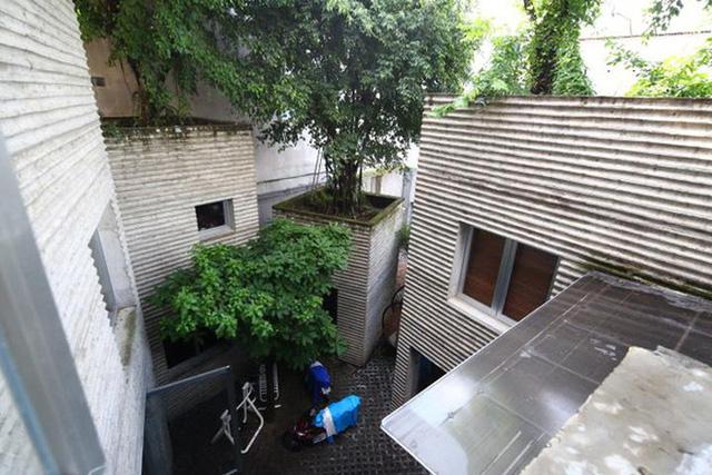 Hình ảnh thực tế gây tranh cãi về ngôi nhà đạt giải thưởng lớn của KTS Võ Trọng Nghĩa - Ảnh 9.